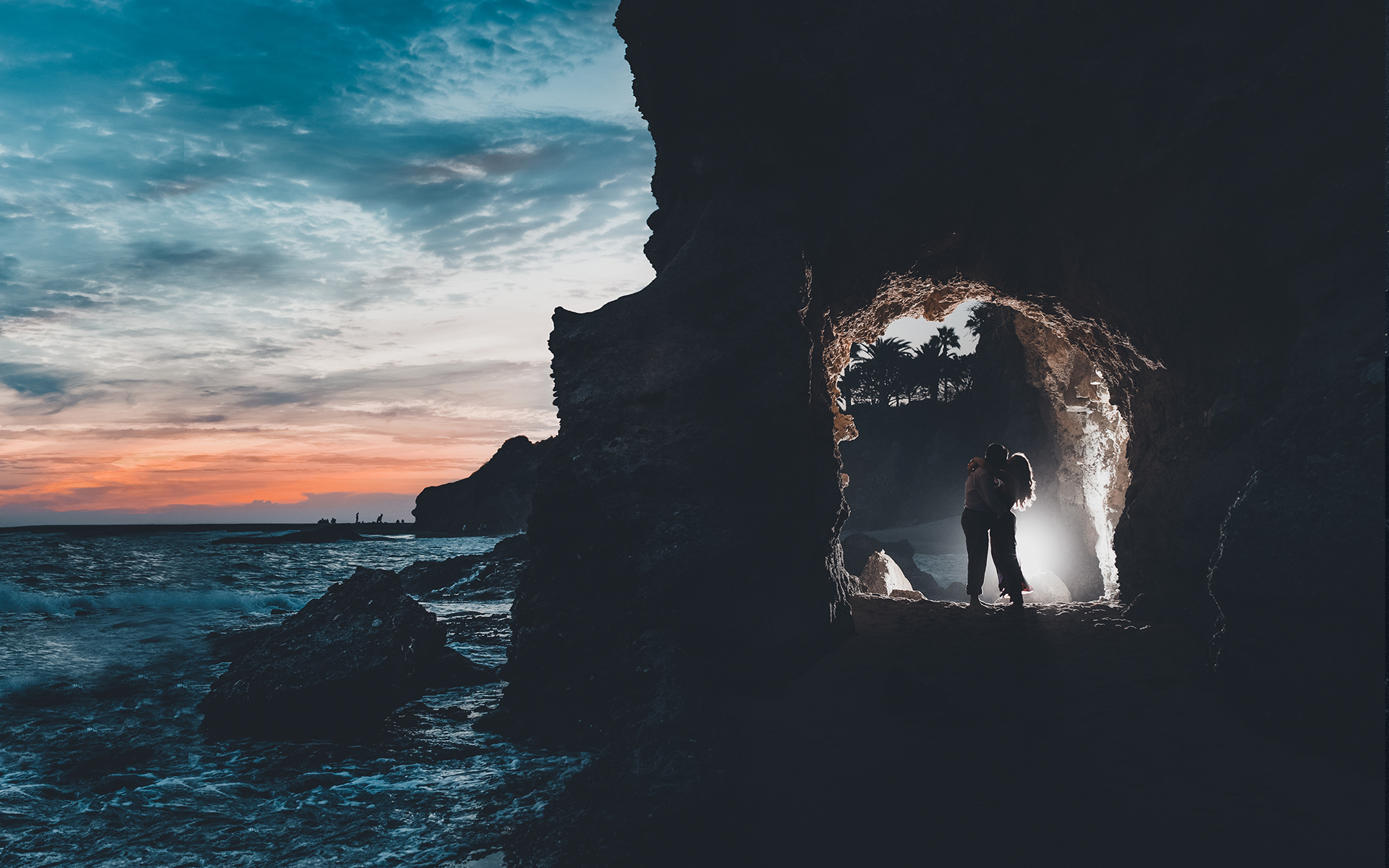 Engagement session in Treasure Island Beach at Laguna Beach in Orange County