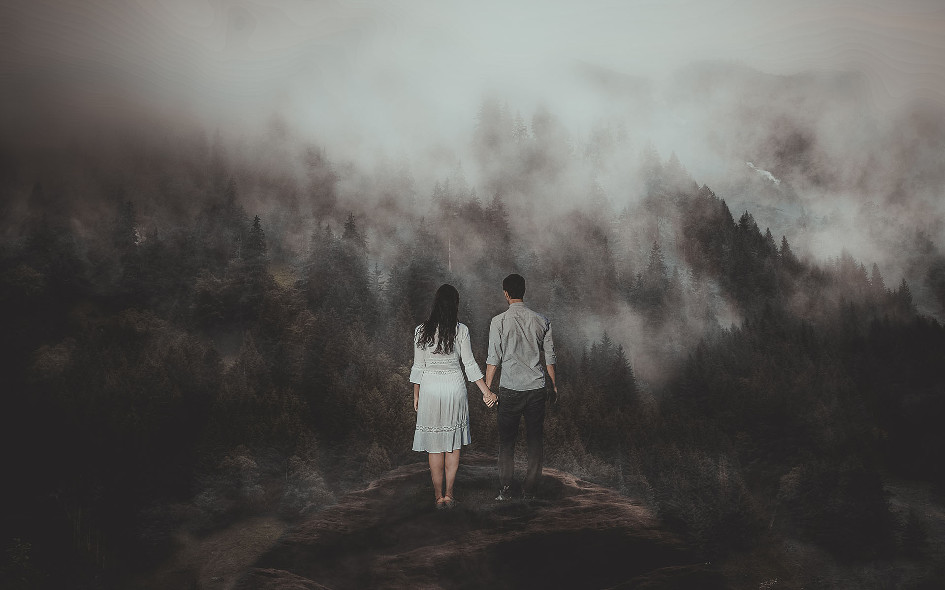 Big Bear Mountain engagement session in the foggy morning